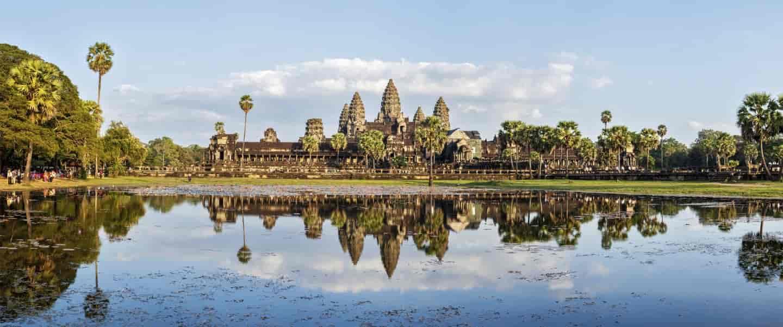 Det enorme tempelkompleks Angkor Wat - et must see på rejser til Cambodja