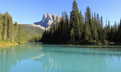 Emerald Lake og Mount Burgess i Yoho National Park - Risskov Rejser