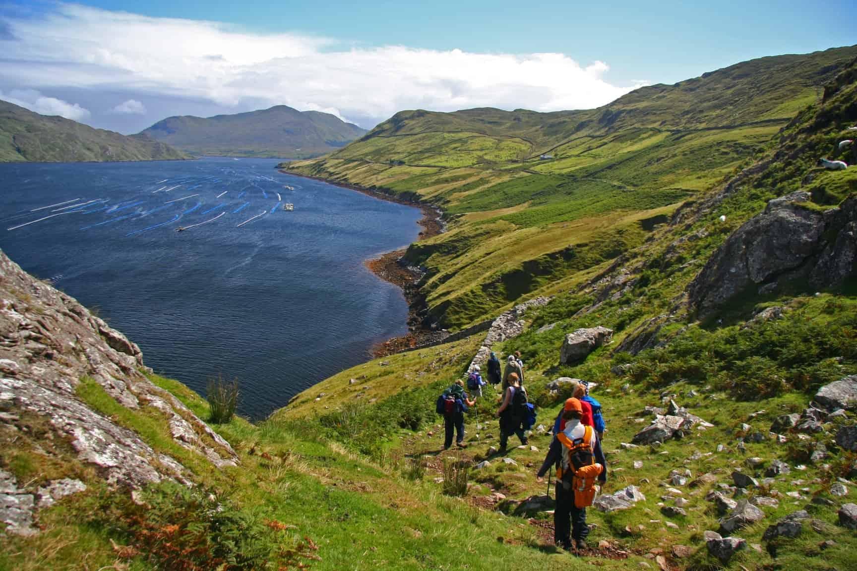 Irlands landskaber indbyder til vandreture