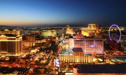 Las Vegas i Nevada om aftenen - Risskov Rejser