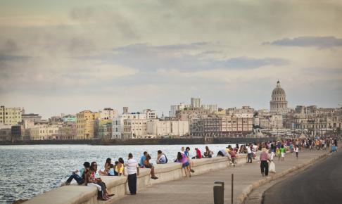 Malecón-promenaden ved hotellet - Risskov Rejser