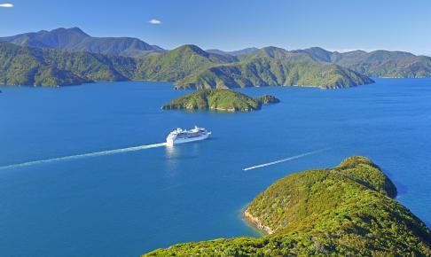 Sejlturen mellem Nordøen og Sydøen i New Zealand