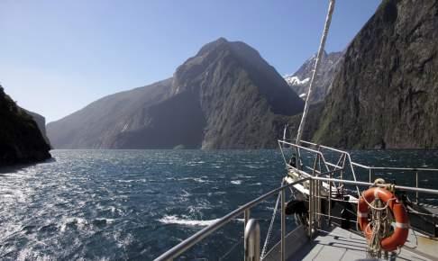 Milford Sound - New Zealand - Risskov Rejser