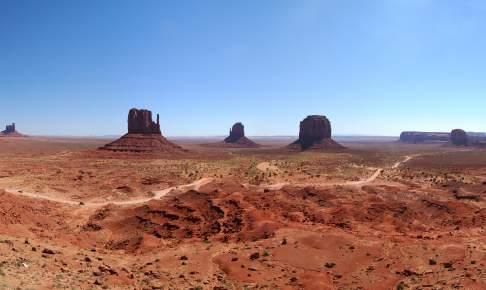 Panoramaudsigt i Monument Valley i Arizona - Risskov Rejser
