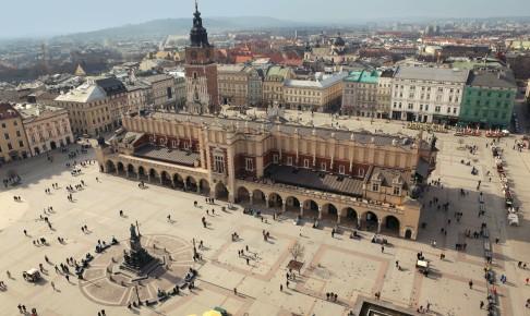 Markedspladsen Rynek Glowny er den største markedsplads i Europa