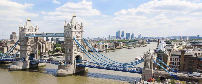 Tower Bridge and Themsen London