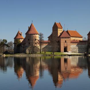 Oplev Trakai Borgen, på rundrejse i Baltikum