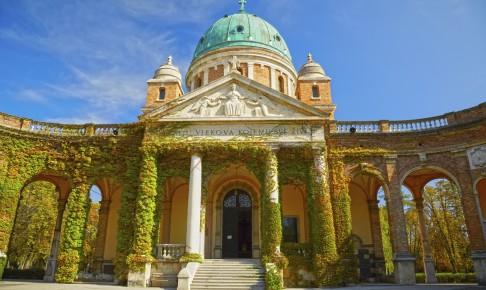Zagreb Mirogoj Cemetary, Kroatien - Risskov Rejser