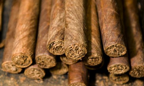 Håndlavede cigaretter fra Dannemanns - Risskov Rejser