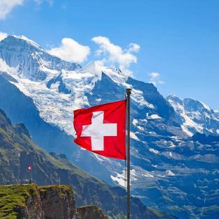 Oplev Schweiz på en rundrejsse med dansk rejseleder