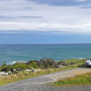 Motorhome - Britz Venturer Plus - New Zealand