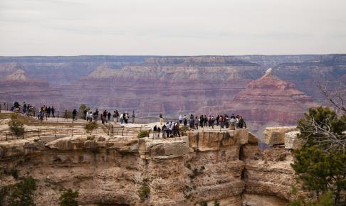 Turister ved Grand Canyon - Risskov Rejser