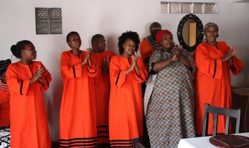 sang og dans i township