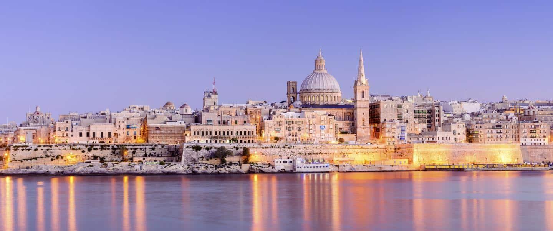 Valletta om natten - Malta - Risskov Rejser