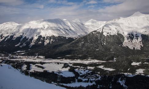 Girdwood i Chugach Mountains - Risskov Rejser