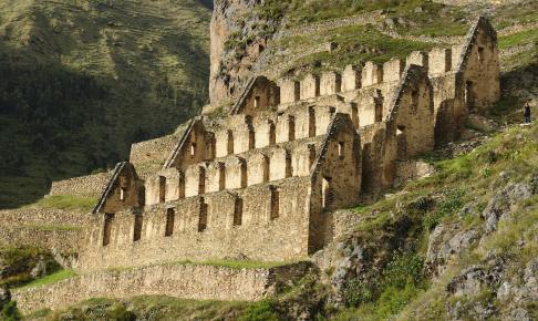 Inka-ruiner ved Ollantaytambo - Risskov Rejser