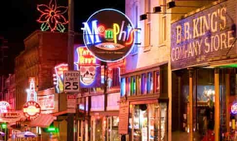 Neonlys i Memphis - Risskov Rejser