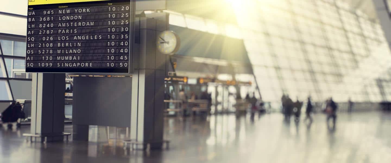 Lufthavns-afgangstavle - Risskov Rejser