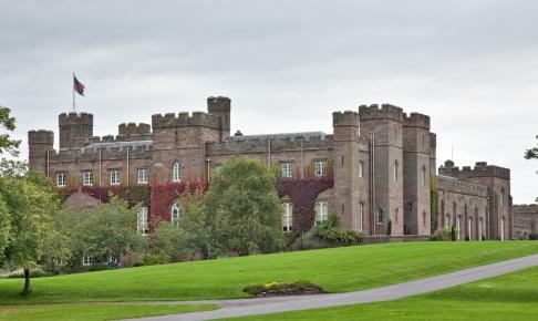 Scone Palace fortæller Skotlands historie