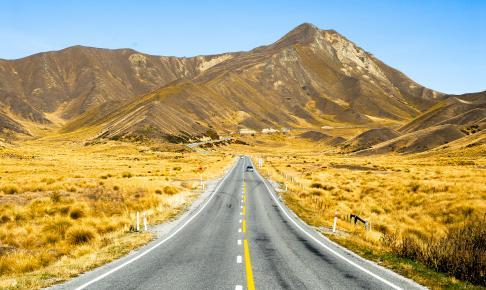 Lindis Pass i gyldne efterårsfarver - New Zealand - Risskov Rejser