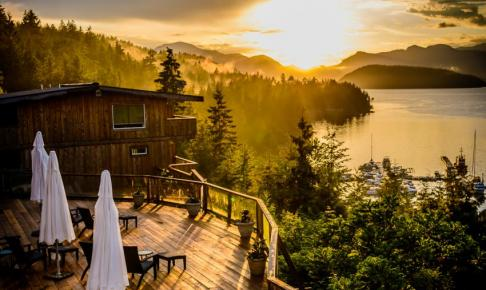 West Coast Wilderness Lodge - Risskov Rejser