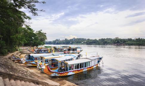 Dragebåde på Huong-floden - Risskov Rejser
