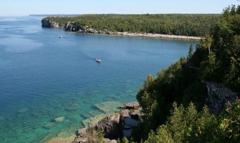 Georgian Bay set fra højderne på Bruce-halvøen - Risskov Rejser