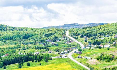 Charlevoix- regionen er kendt for sine bakkede, frodige landskabe - Risskov Rejser