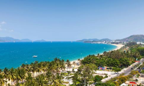 Aerial view over Nha Trang, Vietnam - Risskov Rejser