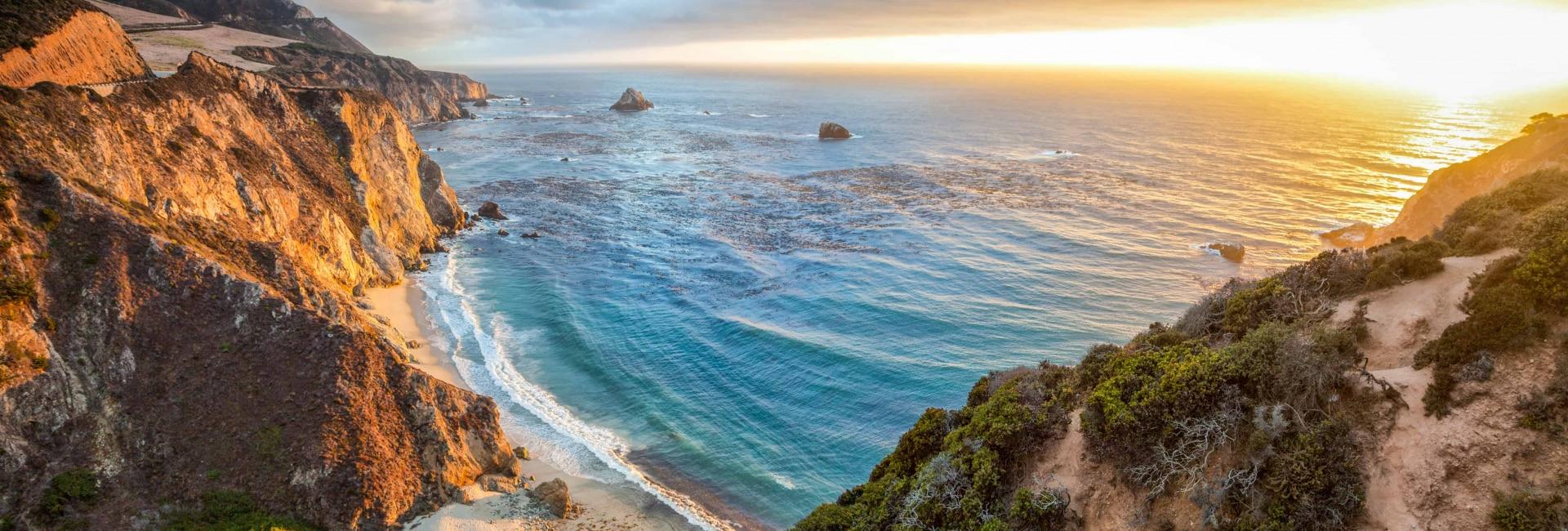 Kystlinjen ved Monterey i Californien