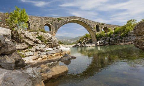 Broen, Mesi, nær Shkoder i Albanien