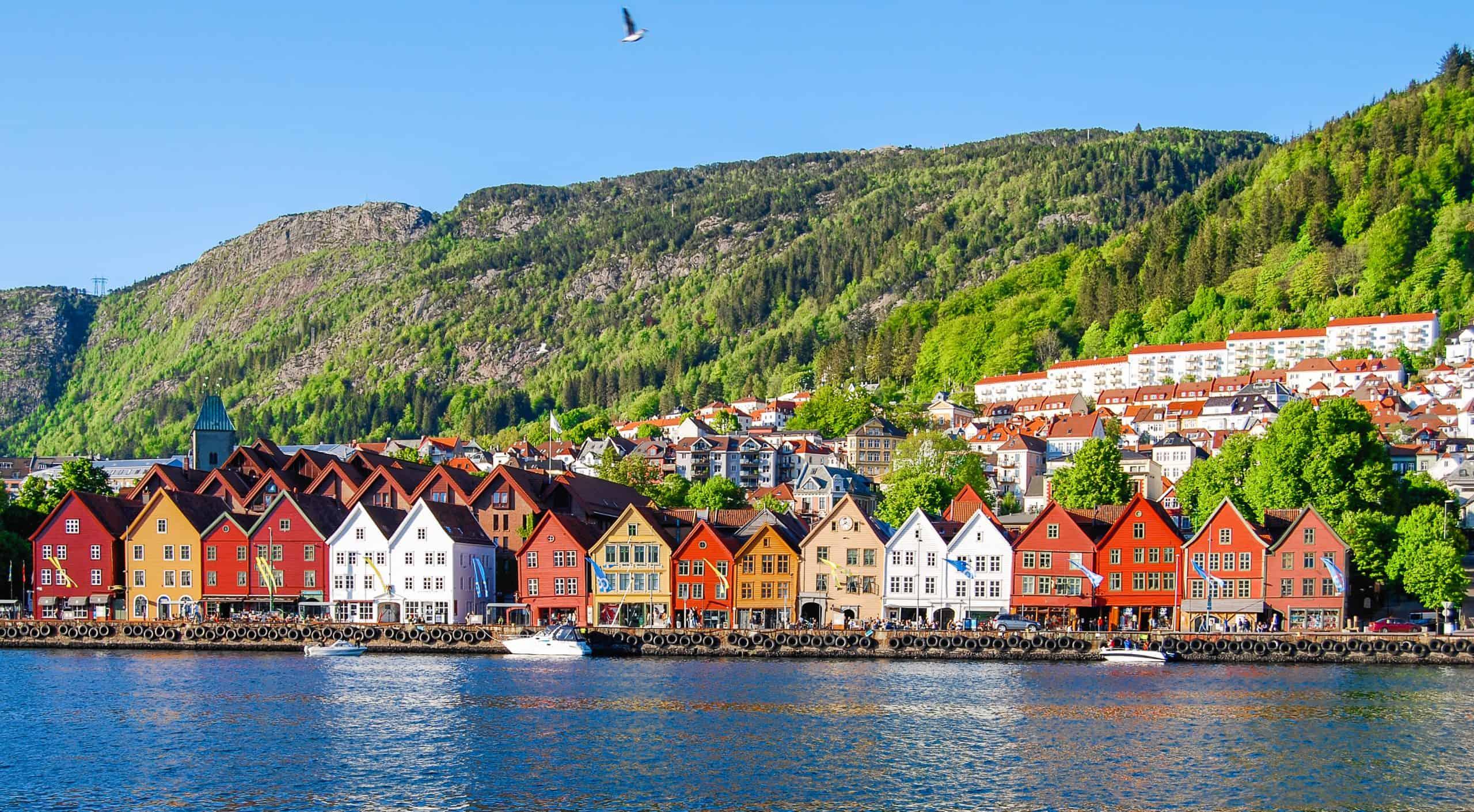 Farverige huse på Bryggen i Bergen