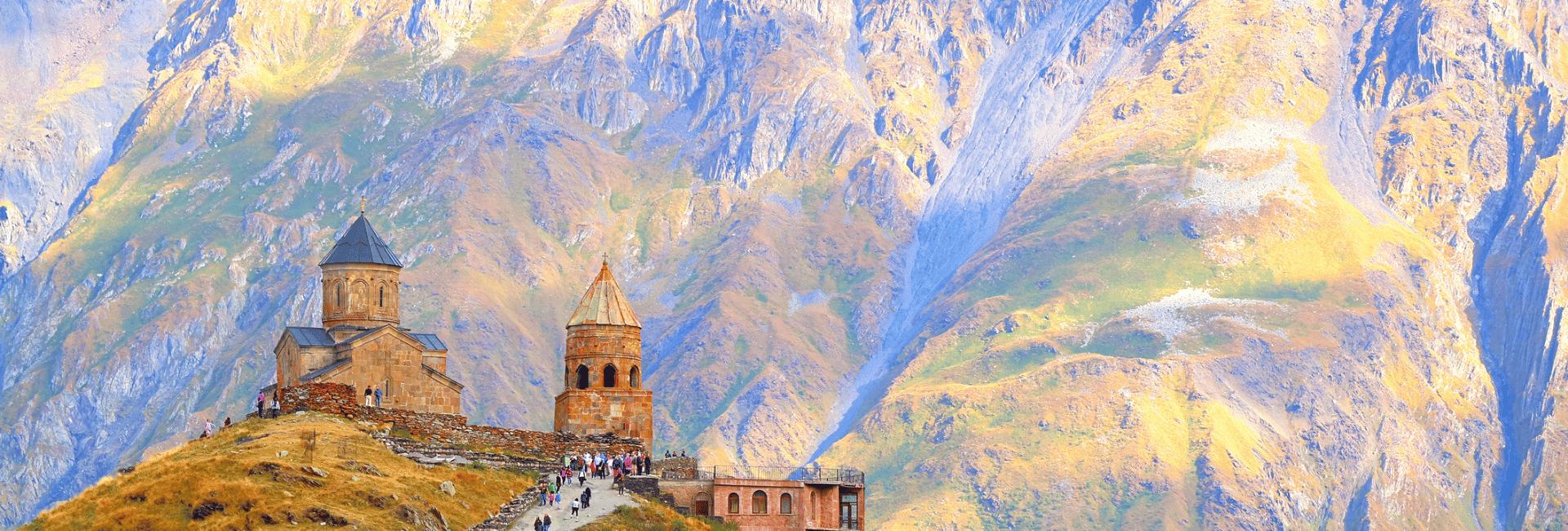Oplev den fantastiske Gergeti-kirke i Georgien med Risskov Rejser