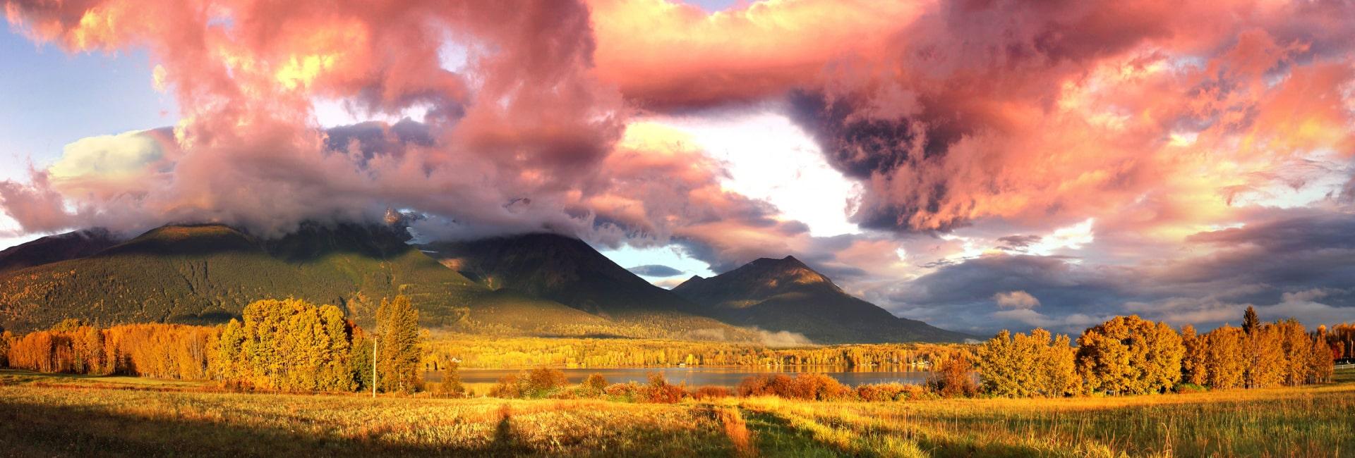 Smuk solopgang i området ved Smithers