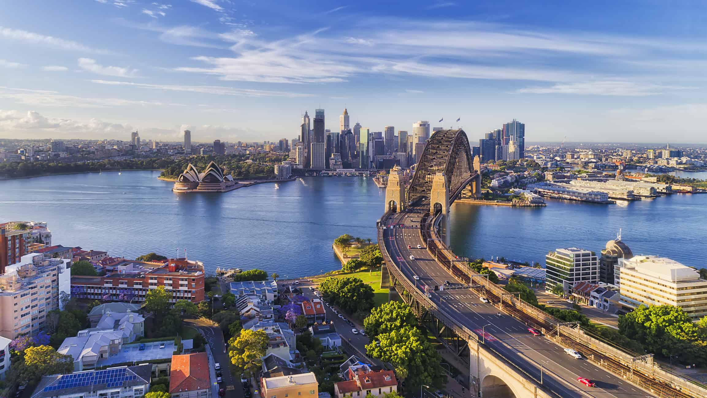 Udsigt over Sydney med Sydney Harbour Bridge i Australien